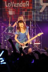 ライブツアー『LoVendoЯ LIVE TOUR 2015 MAJOЯ!』最終公演の模様