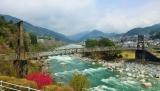 トリップアドバイザーがユーザーの声をもとに実施した「口コミで選ぶ日本の橋ランキング」18位の桃介橋(長野県)