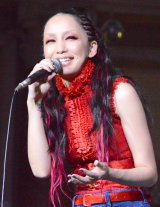 『VenusFort Christmas Projection Mapping2015「Venus Starium」』点灯式に登場した中島美嘉 (C)ORICON NewS inc.