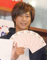 宝くじ『ロト7』発売初日イベントに出席したパンサー・尾形貴弘 (C)ORICON NewS inc.