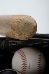 """今話題の「郵政3社上場」を""""プロ野球""""に例えると…? 難しい経済用語を簡単解説!"""