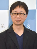 アニメ映画『君の名は。』の製作発表会に出席した新海誠監督 (C)ORICON NewS inc.