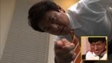 """松岡修造の激励に笑顔を見せる春日俊彰=『炎の体育会TV 日本代表・春日""""フィン水泳世界大会""""で快挙SP』 (C)TBS"""