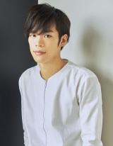 舞台『黒子のバスケ』で黒子テツヤ役に抜てきされた小野賢章