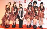 『第66回紅白歌合戦』リハーサル後、会見に応じたAKB48とプリンセス天功(中央) (C)ORICON NewS inc.
