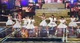 デビュー曲「ドスコイ!ケンキョにダイタン」を元気いっぱいにパフォーマンス (C)ORICON NewS inc.