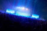 『COUNTDOWN JAPAN15/16』で新曲「Butterfly」を初披露したBUMP OF CHICKEN Photo by Yoshiharu Ota