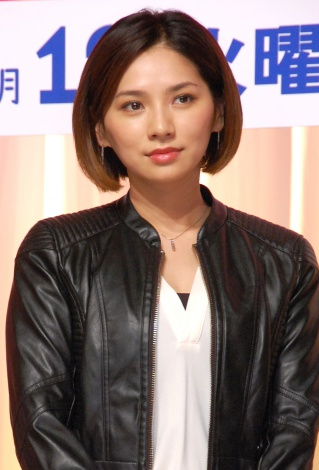 TBS系連続ドラマ『ダメな私に恋してください』制作発表会見に出席した野波麻帆