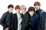 XOX(左から)志村禎雄、木津つばさ、とまん、田中理来、バトシン(写真:ウチダアキヤ)