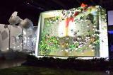 """生け花やオブジェ、映像、音楽などを融合させた""""五感で楽しむ体験型庭園""""『FLOWERS BY NAKED』が期間限定で開催(1月8日〜2月11日 東京・コレド室町1内 日本橋三井ホール/前売り:大人1100円、小人700円 当日:大人1300円、小人900円)"""