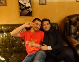 (左から)竹原ピストル、本木雅弘 (C)2016「永い言い訳」製作委員会