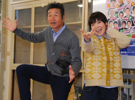 『横浜新喜劇&バラエティショー』をアピールする間寛平、山田花子 (C)ORICON NewS inc.