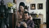 吉田鋼太郎と仲間由紀恵が1年半ぶりに夫婦役を演じる『バンホーテンチョコレート』新作テレビCM