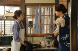 1月12日スタート、NHKドラマ10『愛おしくて』第1話より。怜子(右/秋吉久美子)は弟子入りの条件を小夏(左/田中麗奈)に伝える (C)NHK