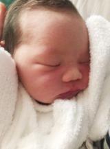 生まれたばかりの赤ちゃん(画像=ギャル曽根オフィシャルブログより)