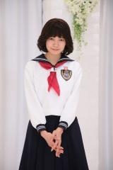 二階堂ふみが昭和風制服姿を披露 (C)日本テレビ