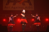 『Act Against AIDS 2013』に出席したBABYMETAL