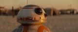 映画『スター・ウォーズ/フォースの覚醒』(公開中)で観客の心をわしづかみ。誰よりも愛きょうのある球状ドロイド「BB-8」の本編映像をWEBで公開(C)2015Lucasfilm Ltd. & TM. All Rights Reserved