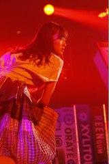 乃木坂46がHKT48とヒット曲メドレーで対決=音楽×格闘技フェス『GUM ROCK FES. In 日本武道館』の模様