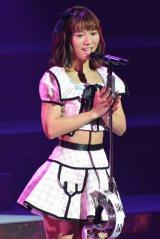 AKB48高城亜樹が「ハート型ウイルス」を披露(C)AKS