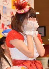 歌手デビュー曲「ブリカマぶるーす」のCD発売記念イベントで感涙する小林麻耶 (C)ORICON NewS inc.
