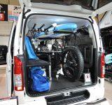 「東京オートサロン2016」『トヨタ・ハイエース』にイス・テーブルパーツを積載 (C)oricon ME inc.