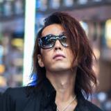 GACKTの楽曲などを担当する音楽プロデューサーのダイチ・ヨコタ