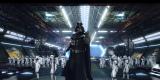 東京ディズニーランド「スター・ツアーズ:ザ・アドベンチャーズ・コンティニュー」に『スター・ウォーズ/フォースの覚醒』の世界が楽しめるスペシャルバージョンが2月2日よりスタート。通常バージョンと同様にダース・ベイダーやストームトルーパーが登場することも(C)Disney(C)& TM Lucasfilm Ltd.