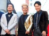 ドキュメンタリー映画『Born in the EXILE〜三代目 J Soul Brothersの奇跡〜』レッドカーペットおよび完成披露舞台あいさつに出席した(左から)今市隆二、ELLY、山下健二郎 (C)ORICON NewS inc.