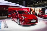 売り上げが好調なトヨタの新型「4代目プリウス」