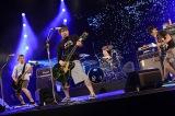 ライブパフォーマンスを披露したKen Yokoyama