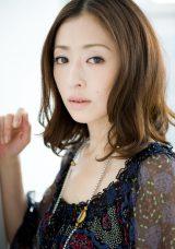 4月スタートのテレビ朝日系「木9」ドラマ『グッドパートナー 無敵の弁護士』に出演する松雪泰子