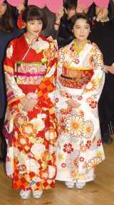 映画『ちはやふる』ひなまつり前夜祭女子会イベントに出席した(左から)広瀬すず、上白石萌音 (C)ORICON NewS inc.