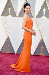 第88回アカデミー賞のプレゼンター、オリヴィア・マンはフォーエバーマークのジュエリーで登場
