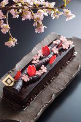ANAインターコンチネンタル東京「ピエール・ガニェール パン・エ・ガトー」で14日より提供される、3つ星シェフピエール・ガニェール氏がプロデュースした限定スイーツ「さくらクラシック」