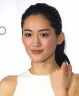 『2016年 恋人にしたい女性有名人』3年連続首位を獲得した綾瀬はるか