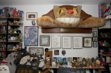 トトロやネコバスが飾られたジョン・ラセター氏の仕事部屋