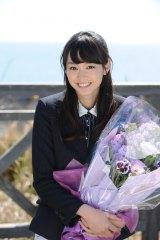 テレビ朝日系ドラマ『スミカスミレ 45歳若返った女』に主演した桐谷美玲がクランクアップ(C)テレビ朝日