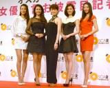 『女優宣言お披露目記者発表会』に出席した(左から)松尾幸実、田中道子、米倉涼子、和田安佳莉、中川知香 (C)ORICON NewS inc.