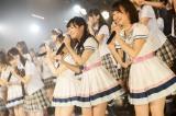 『HKT48劇場移転記念特別公演』より(C)AKS