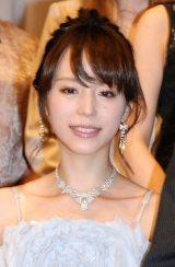 平野綾が4ヶ月間留学へ