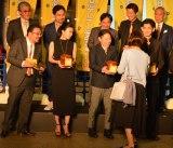 映画『殿、利息でござる!』完成披露舞台あいさつ前に行われた『ゼニ集めセレモニー』 (C)oricon ME inc.