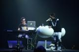 『Hilcrhyme 10th Anniversary LIVE 「PARALLEL WORLD」』より Photo:濱谷幸江