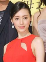 マザコンダメ男役・稲垣吾郎の妻を演じる栗山千明 (C)ORICON NewS inc.