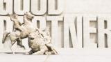 4月21日スタート、テレビ朝日系『グッドパートナー 無敵の弁護士』のタイトルバック(C)テレビ朝日