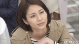 今作の役作りでショートカットにした松下奈緒が、34歳独身の小学校教師を熱演