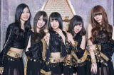 主題歌は志田友美(左から2人目)が所属する夢みるアドレセンスが担当