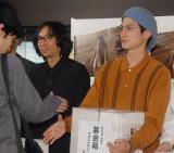 (左から)行定勲監督、高良健吾=映画『うつくしいひと』チャリティー上映会 (C)ORICON NewS inc.