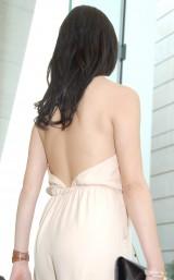 大胆な背中見せドレスで登場した橋本マナミ (C)ORICON NewS inc.