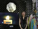 『チェルノブイリ博物館折り鶴交換式典』で「鳥の歌」を披露したクミコ